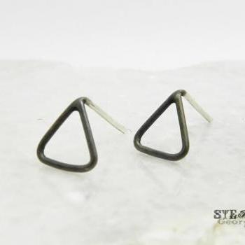 Tiny oxidized sterling silver open triangle stud earrings.Open triangle earrings.Unisex posts. Oxidized earrings.Mens earrings. Geometric.